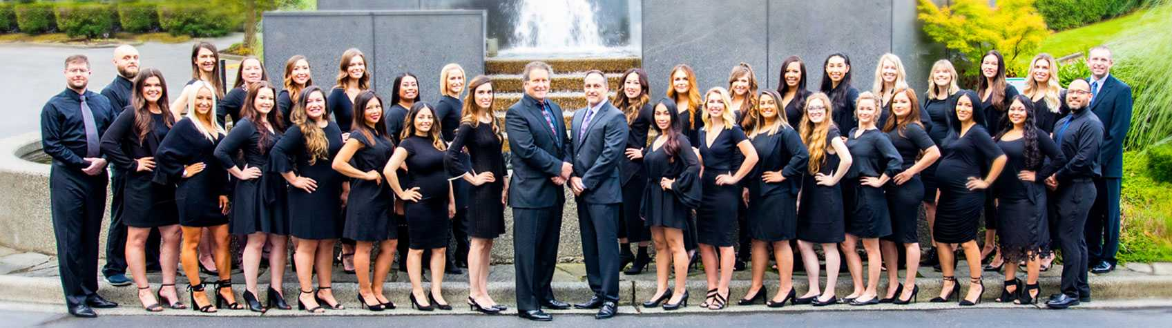 Group photo of Seattle Plastic Surgery staff